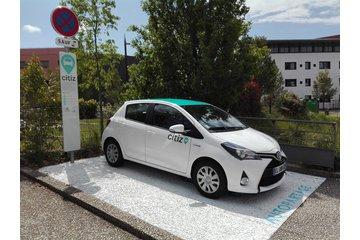 Station d'autopartage - véhicule en libre service