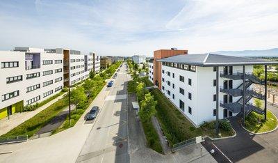 vue du vercors depuis le quartier de la gare à rovaltain valence tgv