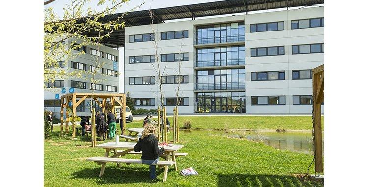Photo 257 m² bureaux + rdc commercial - Quartier de la Gare