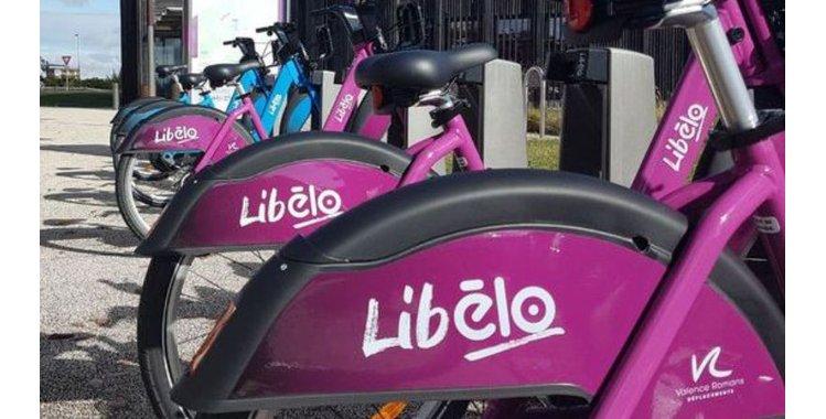 Photo Libélo - station libre-service - 45ème Parallèle