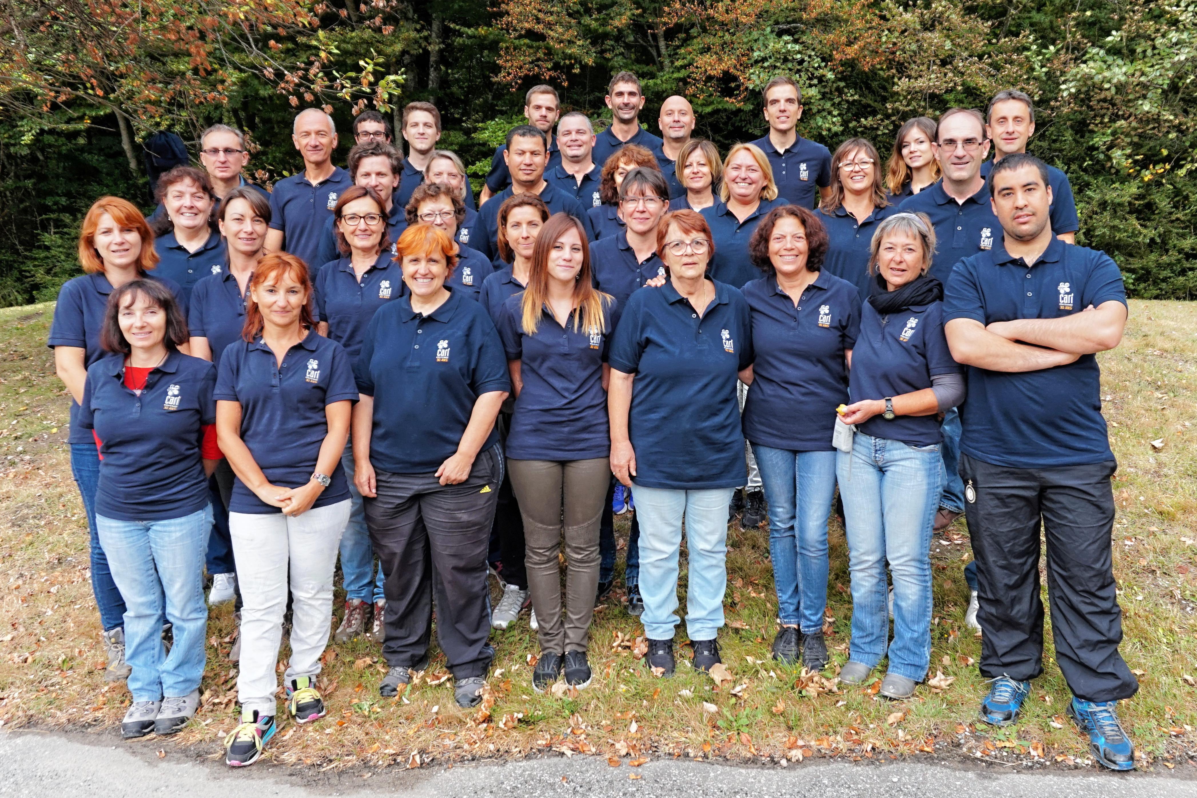 L'équipe de CARI Electronic, installée à Rovaltain - Valence TGV