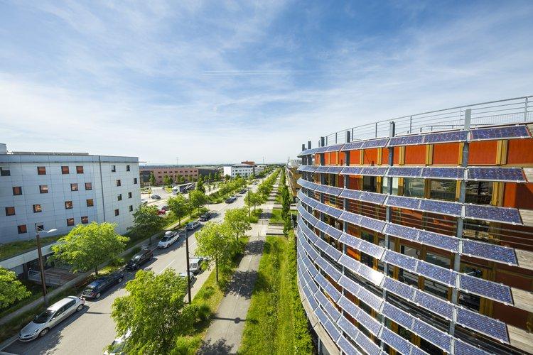 Le parc d'activités de Rovaltain - Valence TGV dispose de terrains disponibles pour l'implantation d'entreprises, à 30 minutes de Lyon et 2h10 de Paris