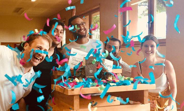 L'équiupe de Kookooning, heureuse du prix de l'innovation du tourisme