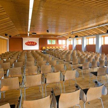 Plusieurs solutions existent pour la location de salles à rovaltain