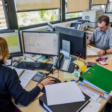 les activités tertiaires et de recherche et développement occupe une place centrale à Rovaltain