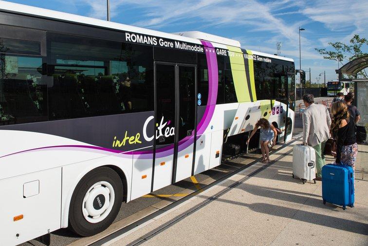 Réseau de transport en commun interCitéa, à Rovaltain Valence TGV