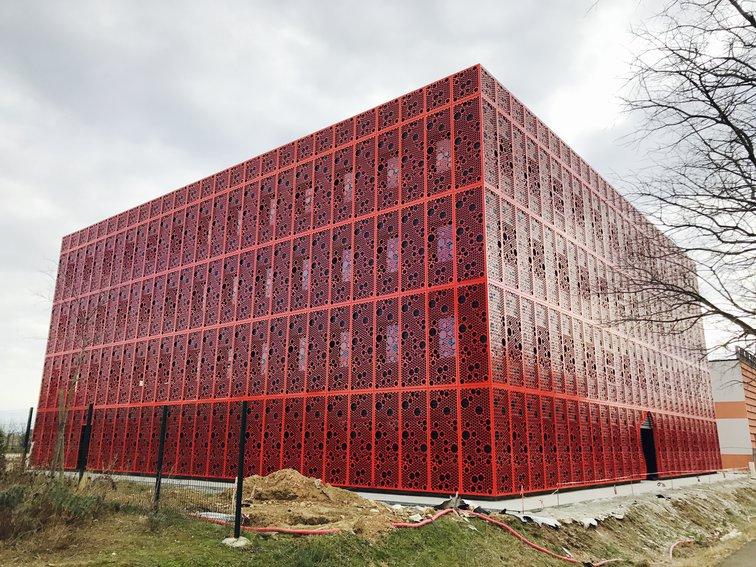 Le Cube Numérique est le bâtiment de Rovaltain dédié aux entreprises digitales